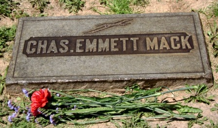 Emmett 3 -