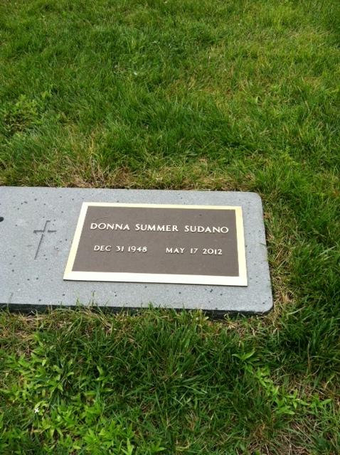 Donna Grave -