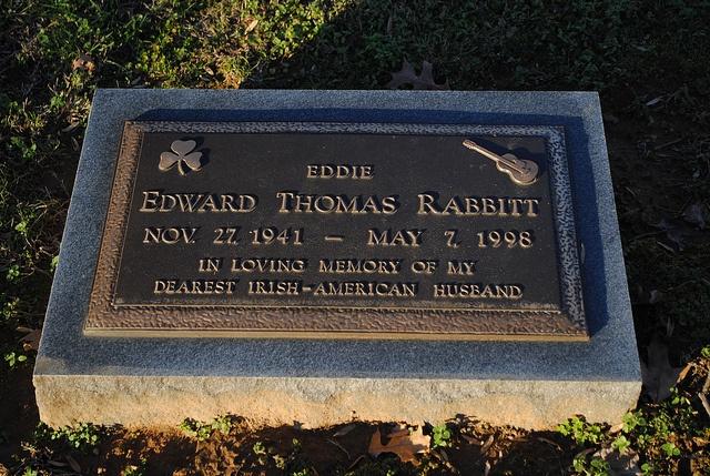 Eddie Rabbitt grave -