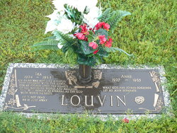 Ira grave -