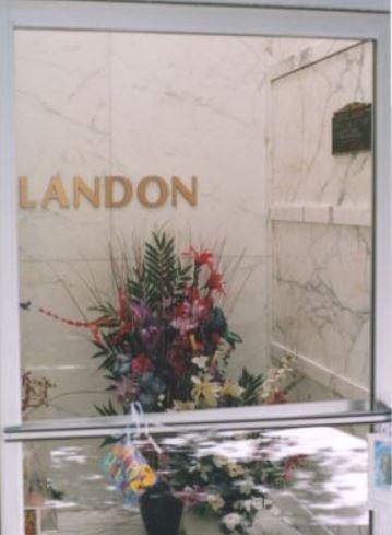 Landon grave -