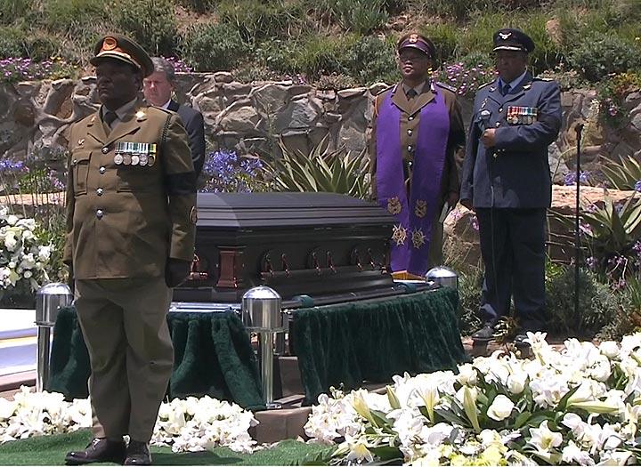 Mandela grave -
