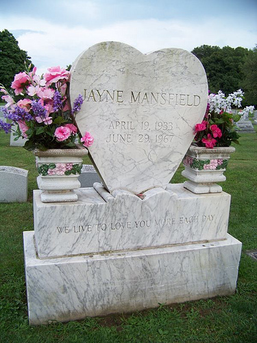 Mansfield grave -