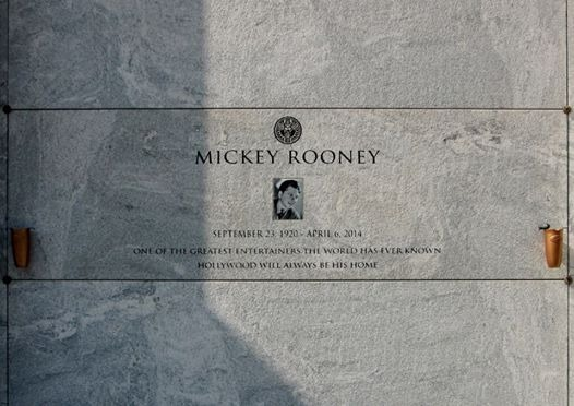 Mickey grave -