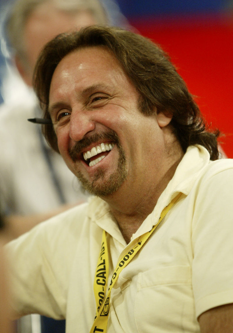CVN PREP PEOPLE SILVER - Actor Ron Silver  laughs during a visit to the floor of Madison Square Garden, as preparations continue for the Republican National Convention in New York, Saturday, Aug. 28, 2004. (AP Photo/Joe Cavaretta)