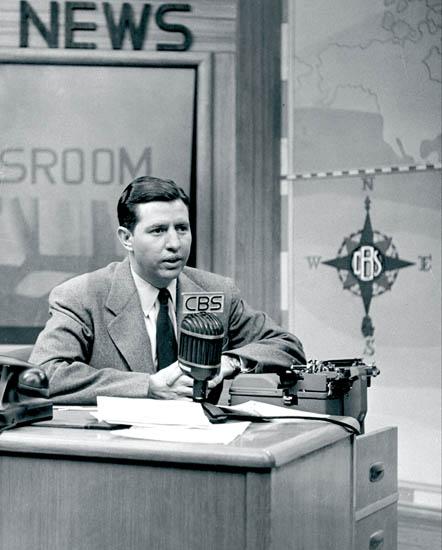 Douglas_Edwards_1950s_3(RGB) - Douglas Edwards with the News (CBS)  aka CBS Television News  TV series1948-1962Shown: Douglas Edwards