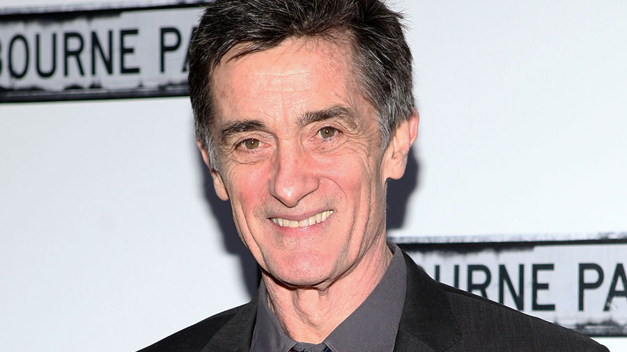 roger-rees-clybourne-park-red-carpet-getty -
