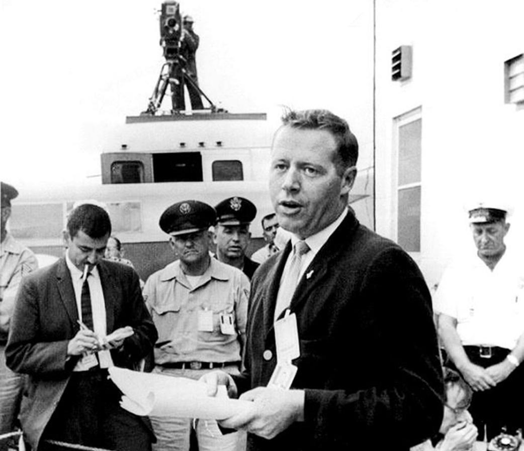 jack-king-announces-5-2-1961-scrub-4 -