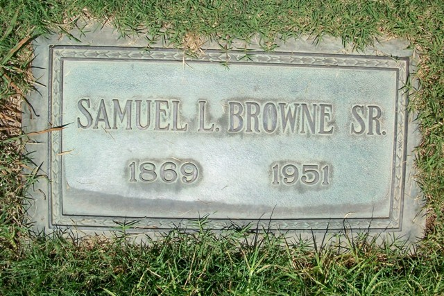 "Samuel Lindsay ""Sam"" Browne"