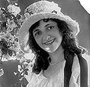 Violet Schram