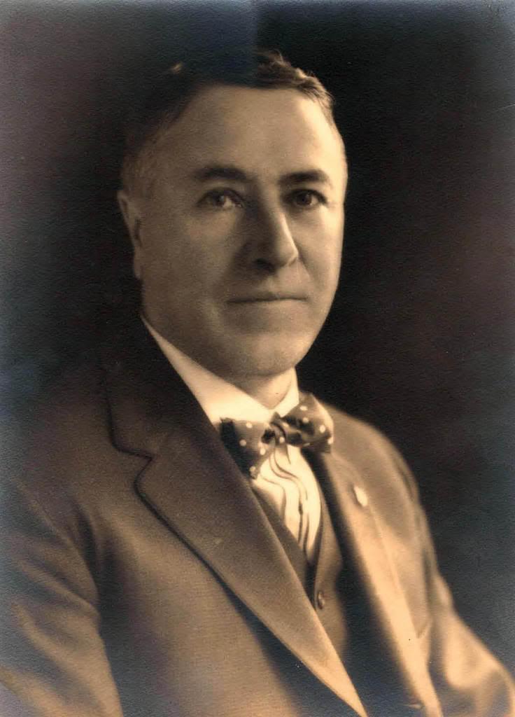 Malcolm E Gray