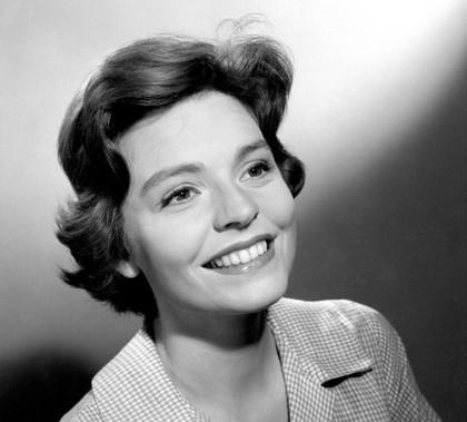 Pauline Yates