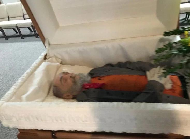Charles Manson coffin -