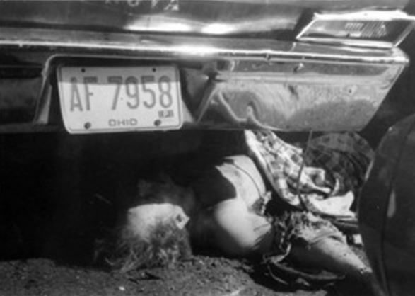 Danny Greene body under car - Danny Greene body thrown under a car from the bomb