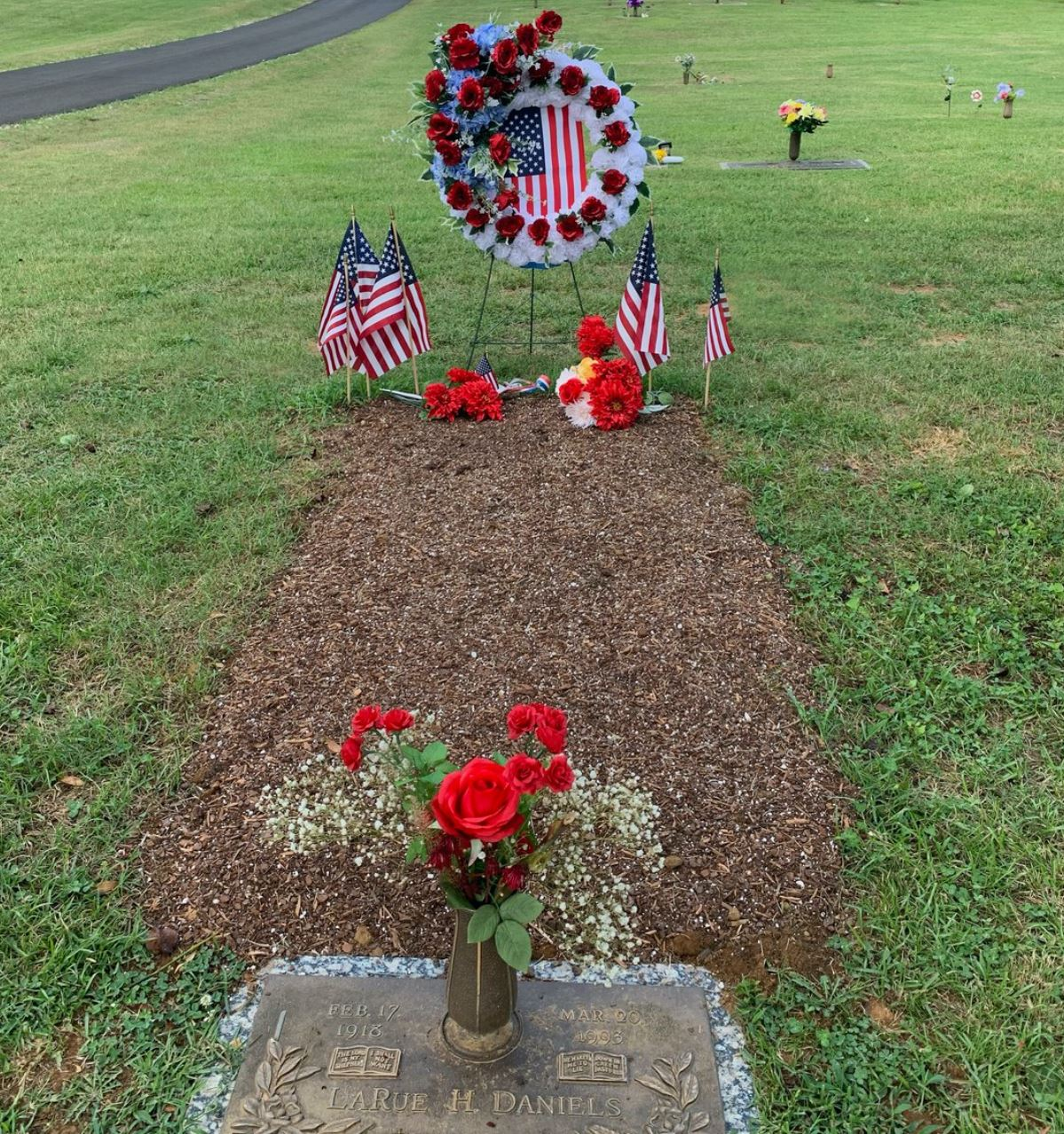 Charlie Daniels grave -