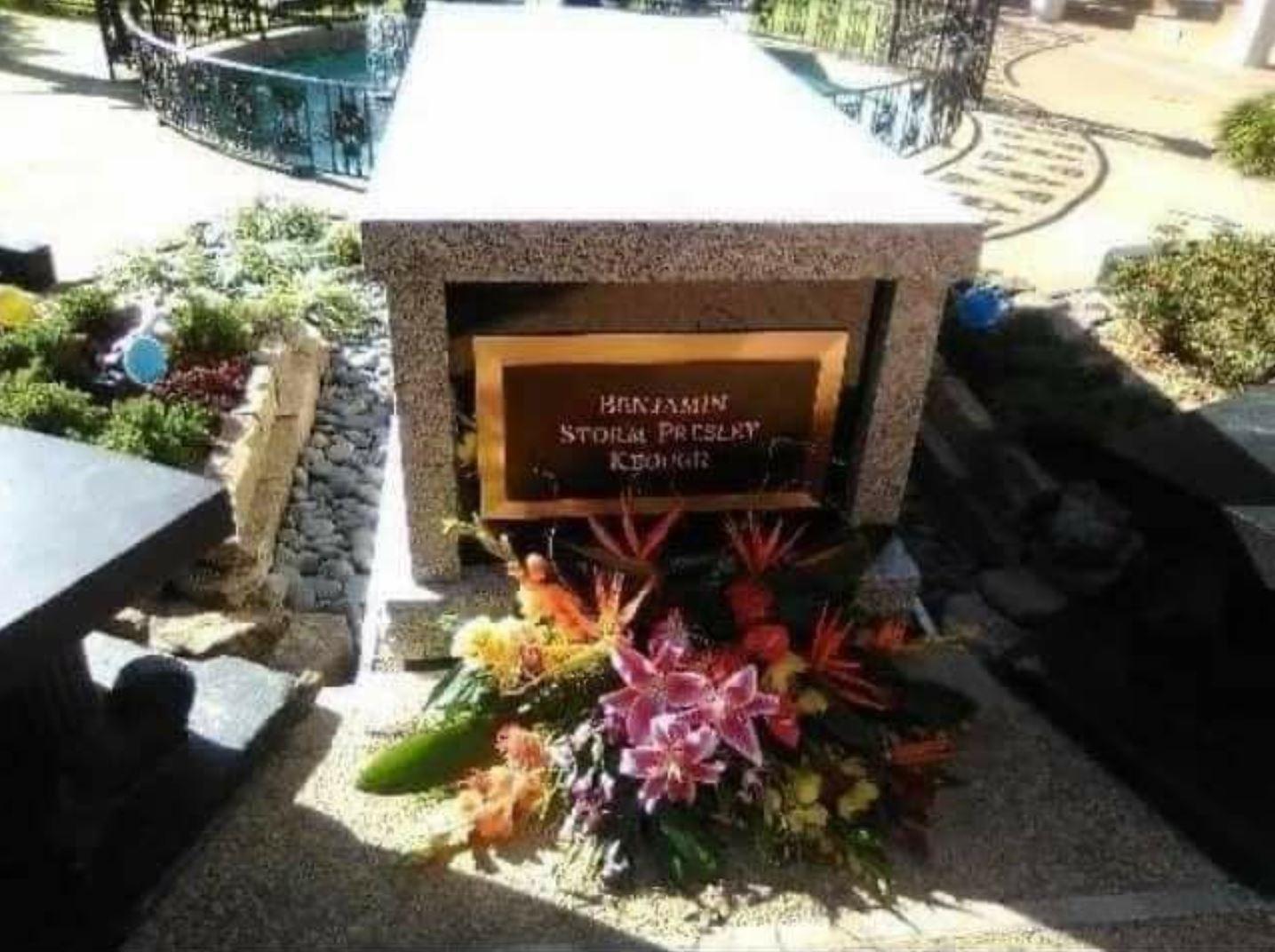 BP Grave -